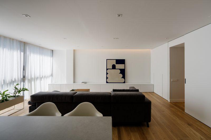 Living room, sofa, wood floor, doors, vitra